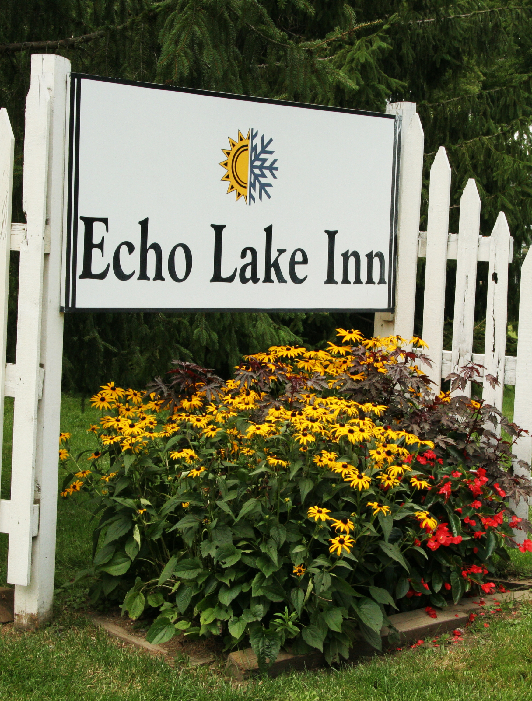Echo lake inn sign